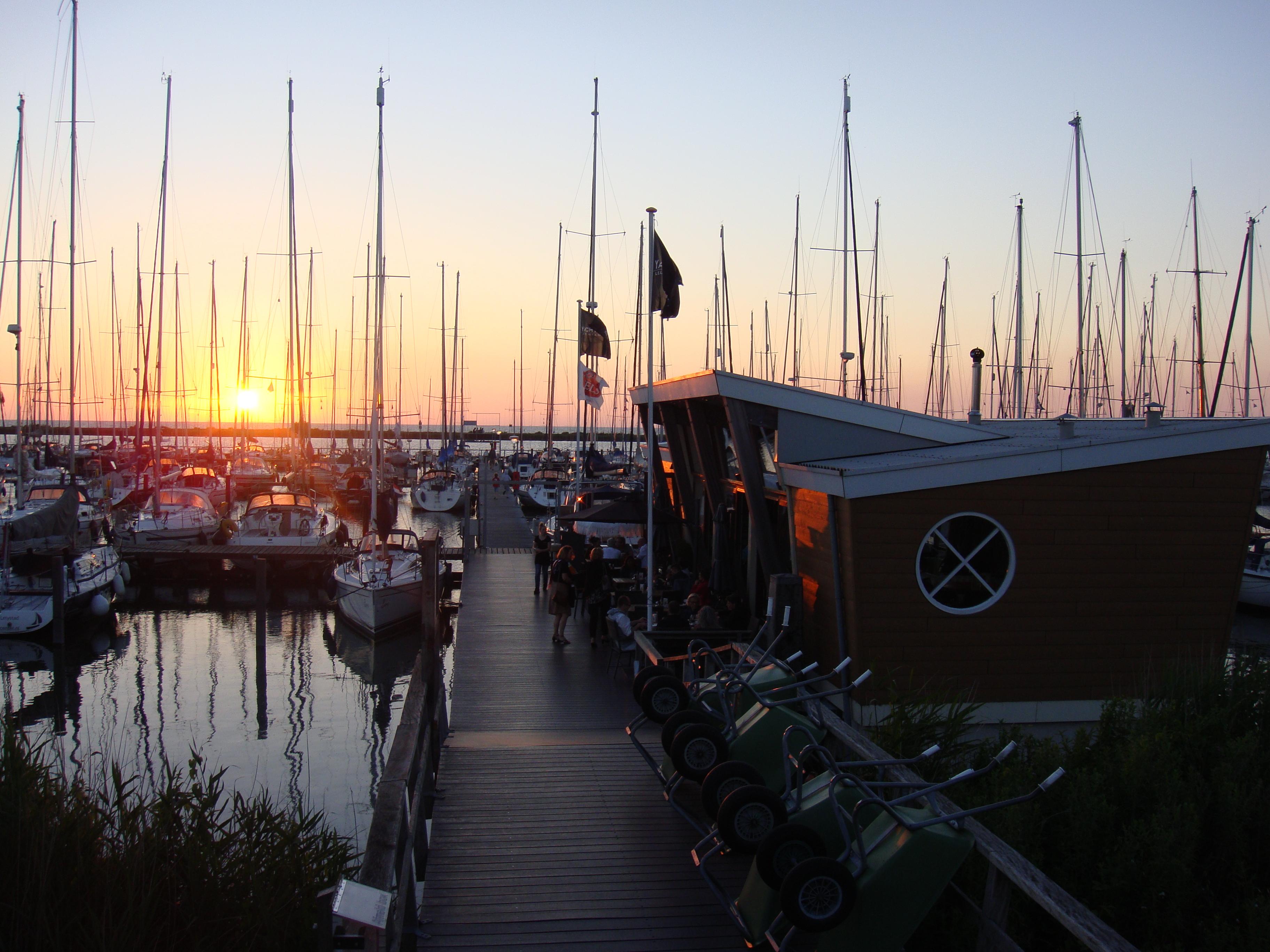 Restaurant Lelystad Hafen